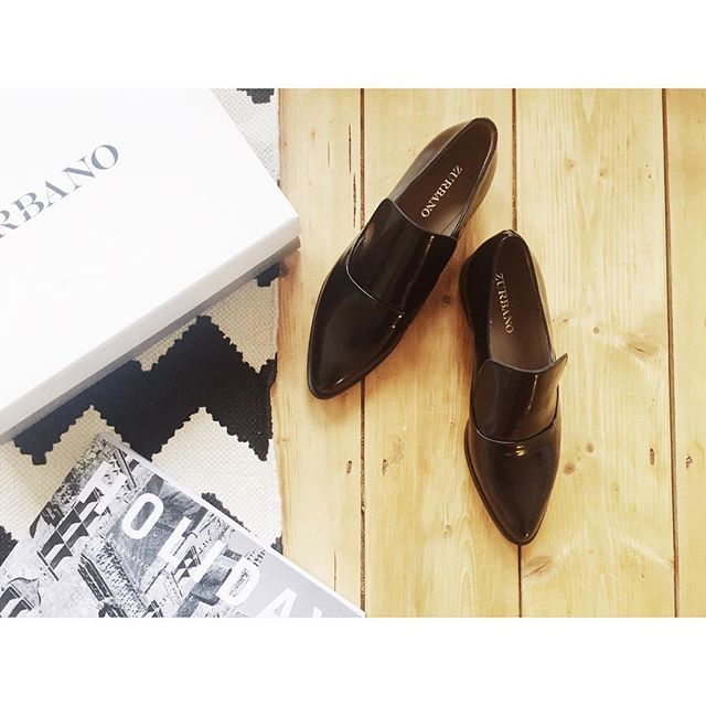 New Year new pair ❤️ I love my mew @zurbano_official #loafers #newin #shoes #patentshoes