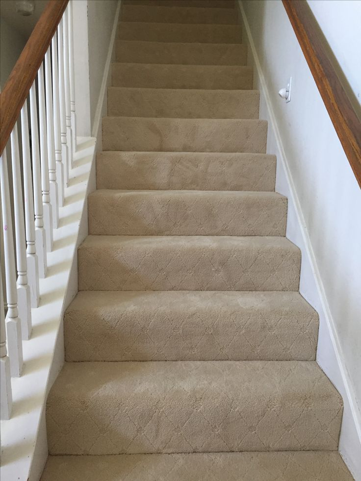 Diamond Pattern Carpet On Stair Case Carpet Patterned