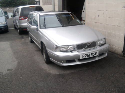 16df0bc3c71d6b61b0cdeb84cf1530a8 volvo vr estate best 25 volvo v70r ideas on pinterest volvo v70 t5, volvo v70 Ricer Volvo at crackthecode.co