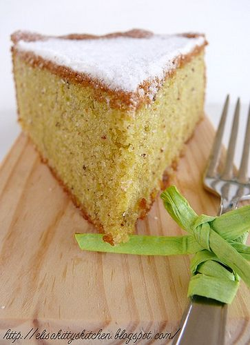 Torta pasta di mandorle e pistacchi by Elisakitty's Kitchen, via Flickr