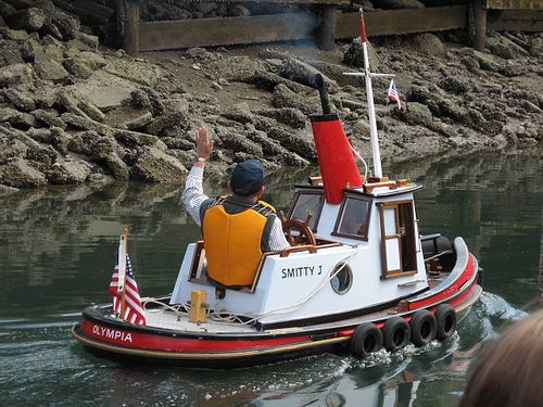 1000+ images about Micro Mini Tugboats ~ on Pinterest | Wood boats, Boat building and Tug boats