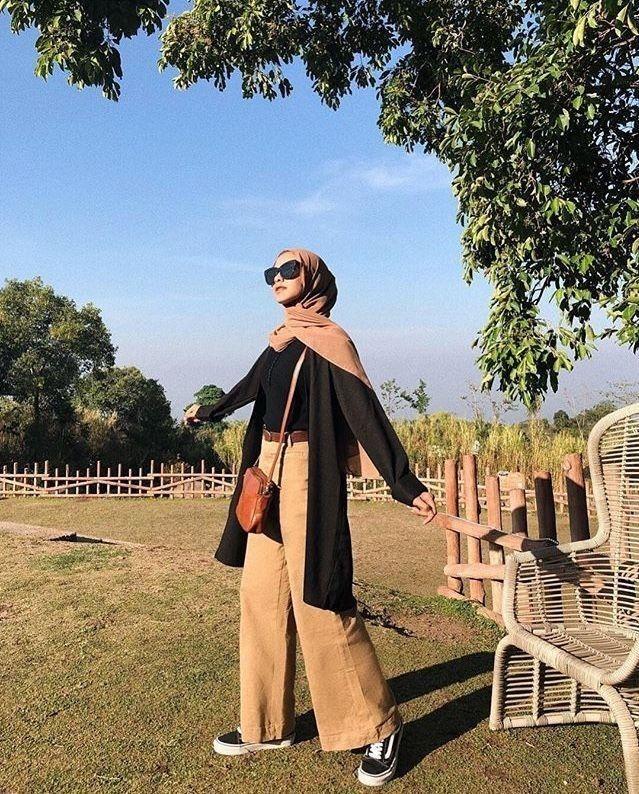 Pin Oleh Syabella Rahema Di Outd Busana Hijab Modern Casual Hijab Outfit Inspirasi Fashion Hijab