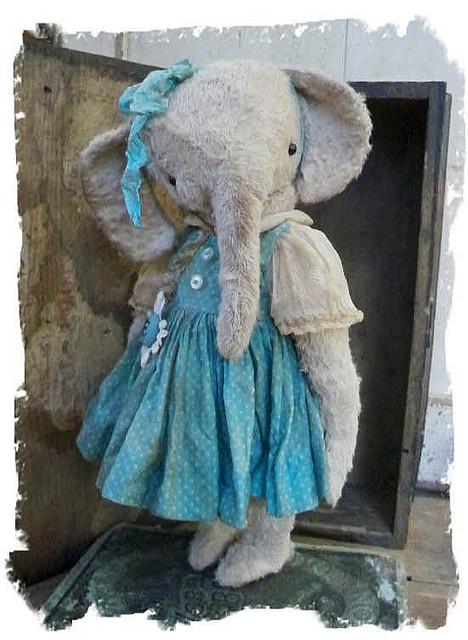 Cute Elephant: