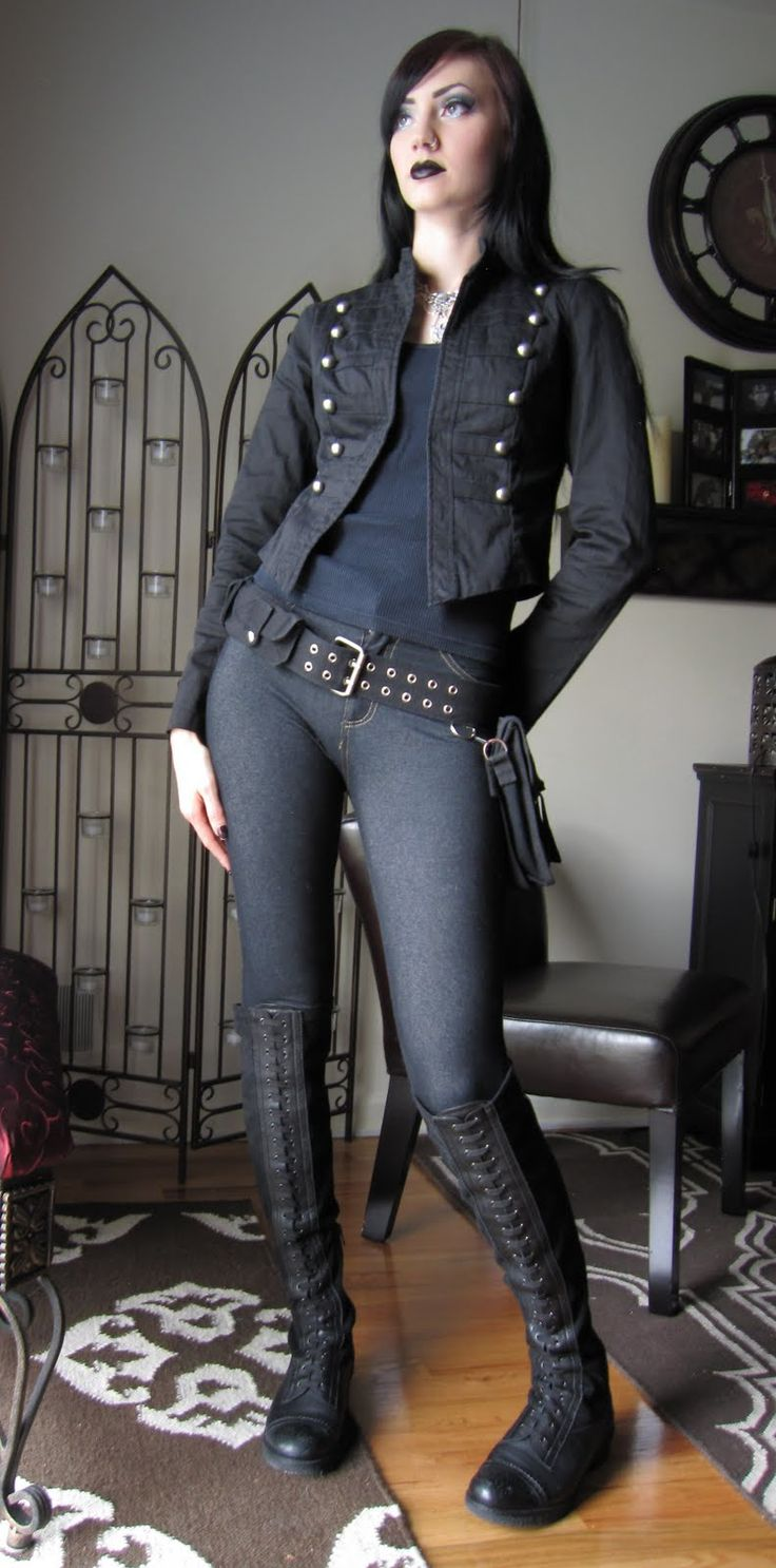 Steampunk clothing | Glitter is my crack...: OOTD: Casual Steampunk Outfit