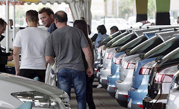 El fin del PIVE frena ventas de coches a particulares pero no a las empresa