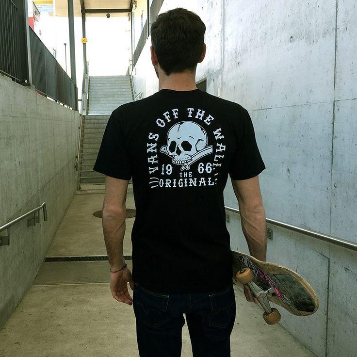 Camiseta de Vans de calavera de la colección de skate (skateboarding).