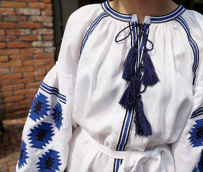 Kurzes Kleid bestickt Kleid Boho Kleid, das ukrainische Kleid Boho-Chic Kleid Vyshyvanka Trendy Kleid Boho Kleid weitere M bestickt von BohoEmbroidery auf Etsy https://www.etsy.com/de/listing/484972591/kurzes-kleid-bestickt-kleid-boho-kleid