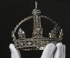 De Olho na Realeza: A COROA DE DIAMANTES Rainha Vitória