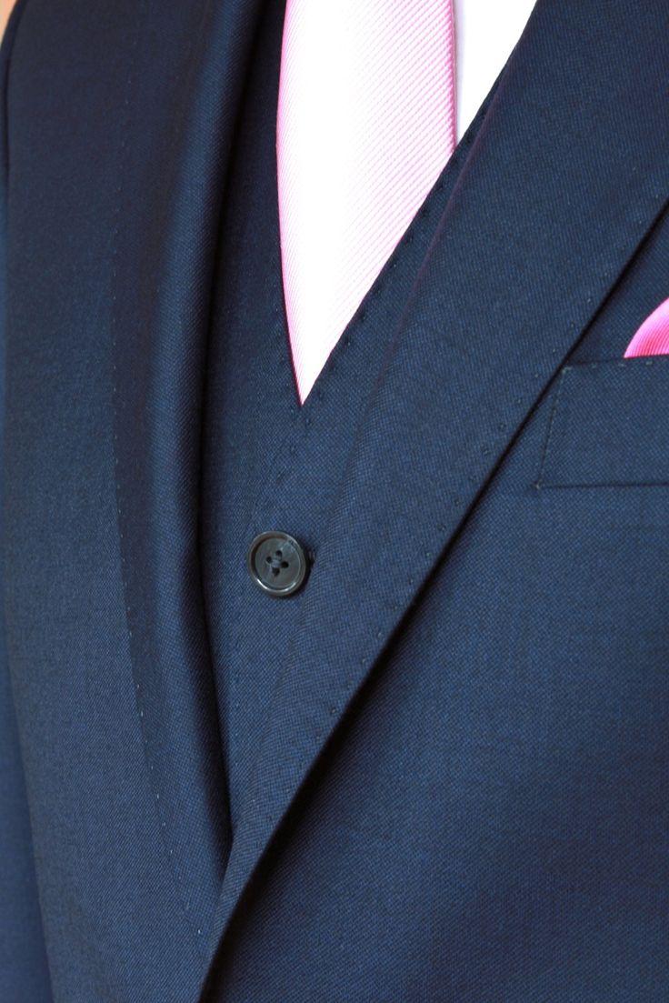 https://www.facebook.com/media/set/?set=a.10153516615314844.1073742511.94355784843&type=3  #fashion #style #menswear #mensfashion #mtm #madetomeasure #buczynski #buczynskitailoring #dormeuil #amadeus365 #suit #tailoring