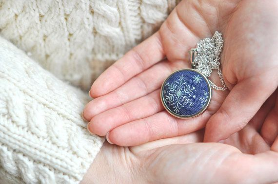 Snowflake Sparkling Necklace Embroidered Christmas Winter Jewelry Gift Winter Wedding Bridesmaids