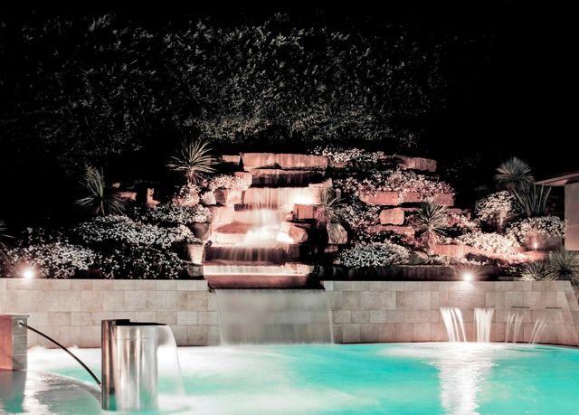 Un grazioso resort a quattro stelle con piscina termale all'aperto - con colazione, bottiglia omaggio e tanti extra inclusi.