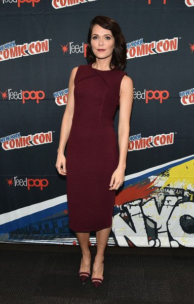 Katie Aselton Pumps - Katie Aselton styled her dress with a pair of two-tone cap-toe pumps.