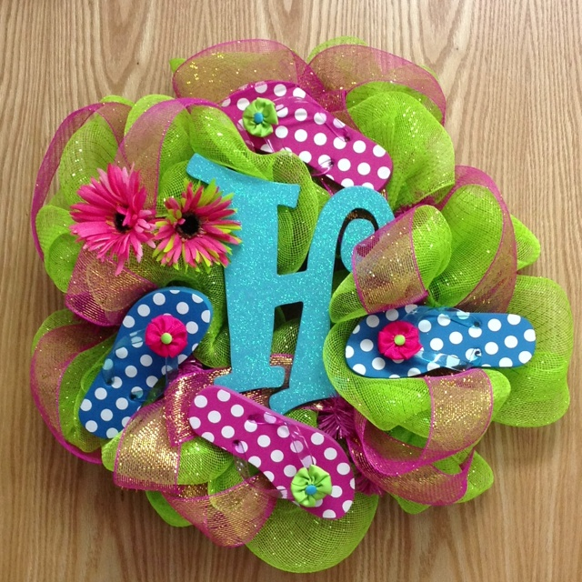 30 best flip flop wreaths images on pinterest flip flop for Craft wreaths for sale