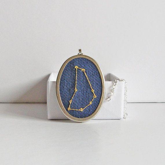 Козерог ожерелье, декабрь день рождения, день рождения января, ночное небо кулон, ожерелье созвездия, вышитые украшения, звездная карта кулон