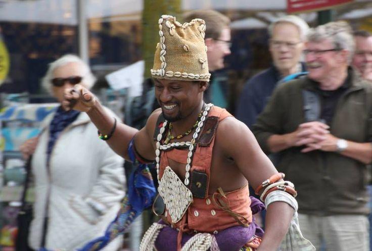 Besøg fra Ghana på Birkerød Torvemarked 2015