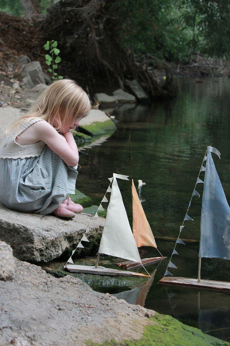 http://mermagblog.com/diy-sailboats-that-really-float/
