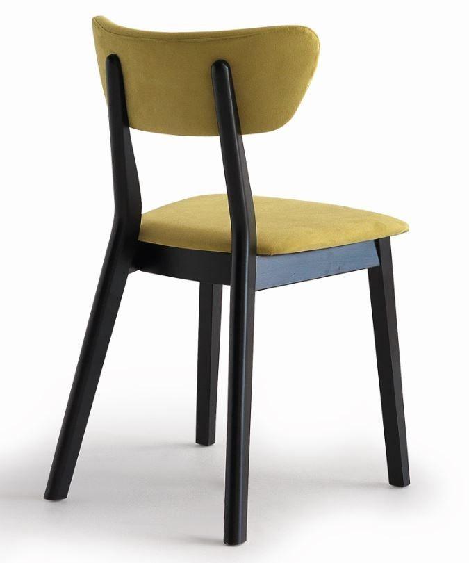 Stuhl Chic mit gepolstertem Sitz und Rücken von #Casual Solutions  ab 347,00 €  Einfaches und traditionelles Design!  #Massivholzmöbel #Vollholzmöbel