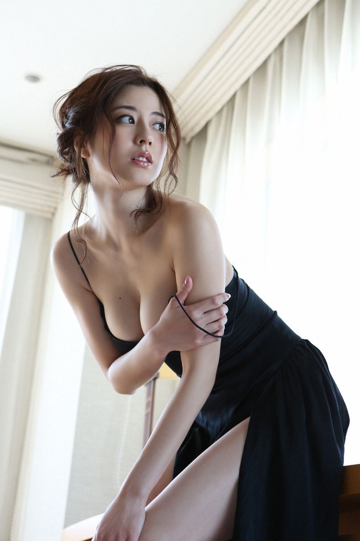 upsettingshorts: Yumi Sugimoto (杉本有美), Weekly Playboy, 2015, No.18 (#2/7)