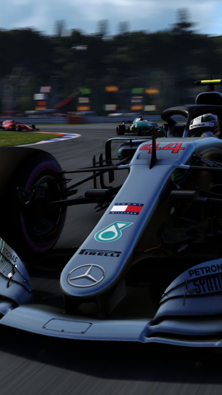 F1 2018 Video Game Mercedes Amg F1 Sports Car Game Wallpaper