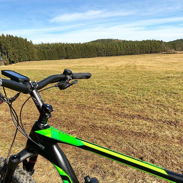 MTB-Vogtland-Tour - Richtung Wisenta-Quellgebiet... coole Strecke und ich fahre dort nun öfter... #mtb #mtblife #mtbtrails #MountainBike #Cycling #AllMountain #CyclingLife #Outdoor #OutdoorLife #MTBtrail #healthylifestyle #fitness #fitnessaddict #fitnessmotivation #trainhard #cyclingaddict #instafitness #Garmin #Edge1030 #fenix5X #ridegiant #Plauen #Vogtland #giants #giant #giantbike