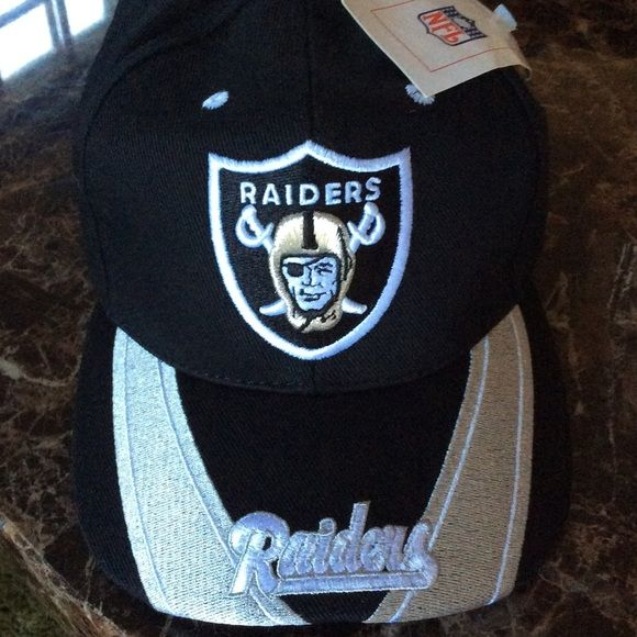NFL New in Package Oakland Raiders Hat Brand new Oakland Raiders Hat.. A must have for any Oakland Raiders fans out there..NFL Approved. Nfl Accessories Hats
