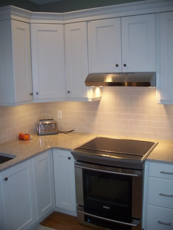 Slide in oven in 30 inch deep counters kitchen remodel for 30 deep kitchen cabinets