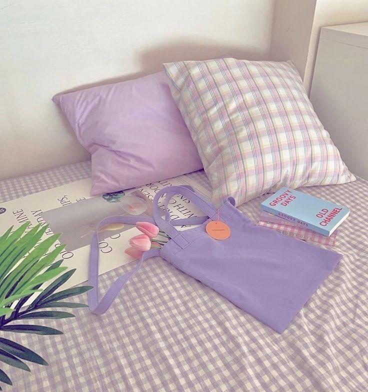 Imagen Descubierto Por Malo Descubre Y Guarda Tus Propias Imagenes Y Videos En We Heart It In 2021 Pastel Room Room Ideas Bedroom Minimalist Room Purple minimalist room design view