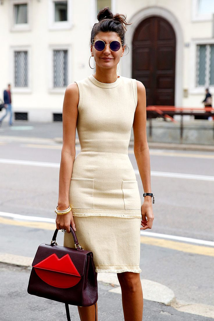 Giovanna's Creme Sheath & Statement bag.