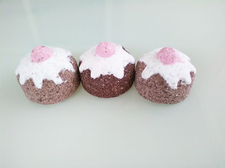 Bath Bombs!!! natural, healthy and enviro cycle safe bath bomb by fizzedau.com