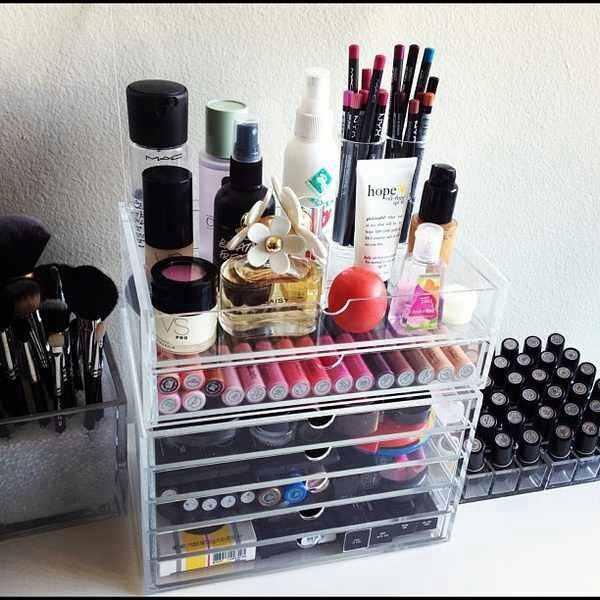I want this make up organizer next time I live with a man