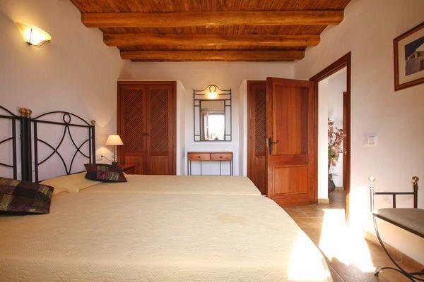 HouseTrip.com – Villa Can Parrell