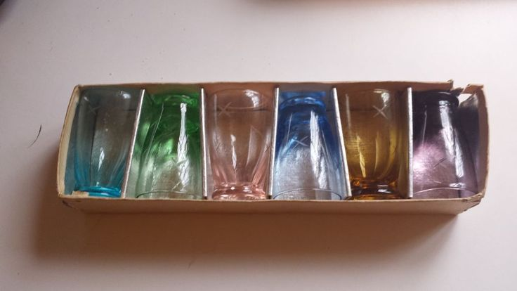 6 SANYU MADE IN JAPAN SHOT GLASSES DIFFERENT COLORS