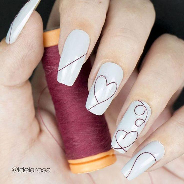 """851 curtidas, 31 comentários - Ana Carla (@ideiarosa) no Instagram: """"Oii pessoal!! Hoje postei essa decoração lindona usando linha de costura!! Muito fácil vejam o…"""""""