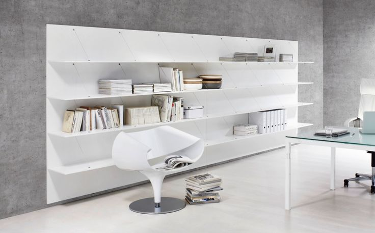 The use of open shelving allows for more individuality and comfort in modern office environment design. pan is a light and elegant shelving version with a great architectural effect.