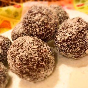 Mindig sikert alkot! Ez a legfinomabb kókuszgolyó recept. Egy igazi vendégváró gyors sütemény. :) Kókuszgolyó elkészítésének a módja, nem nagy...