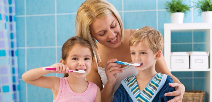 Dincolo de aspectul estetic, igiena dentară corectă reprezintă un element important în prevenirea problemelor de sănătate și menținerea unui zâmbet frumos și sănătos.