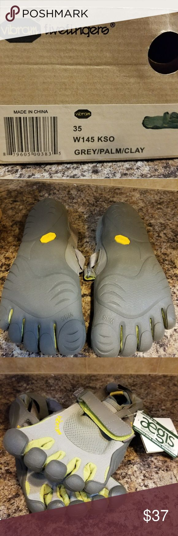 Nib vibram five fingers toed athletic shoes 35 5.5 New in box Vibram five fingers athletic shoes. Size 35 or 5.5. Flawless and unworn. Vibram Shoes Athletic Shoes