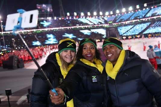 """JO dhiver 2018: léquipe de Jamaïque de bob se retrouve sans coach ni bobsleigh - La participation de la paire jamaïcaine aux Jeux de Pyeongchang est en suspens à la suite du départ de lentraîneur. - http://ift.tt/2F4EsMV - \""""lemonde a la une\"""" ifttt le monde.fr - actualités  - February 14 2018 at 09:39AM"""