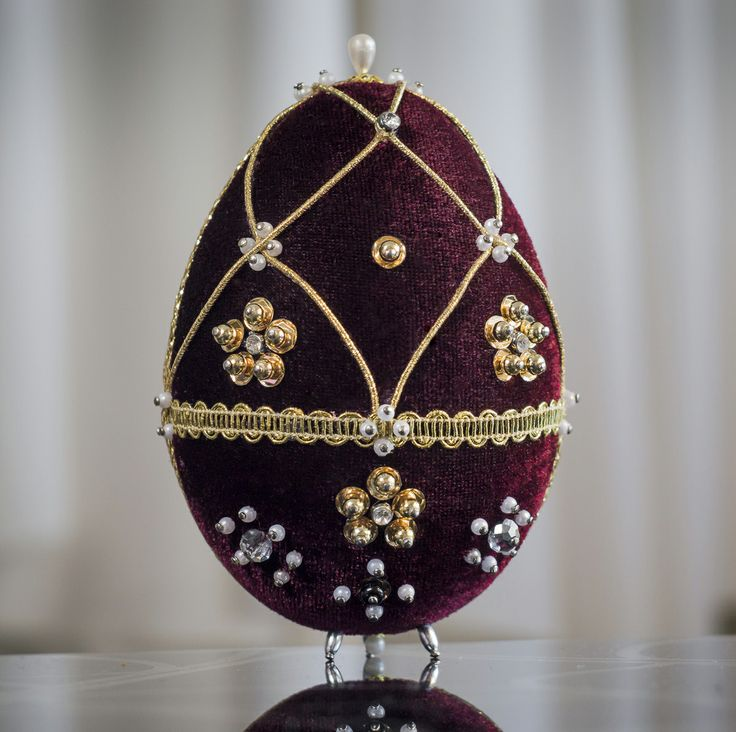 Faberge Egg - bordeaux 4