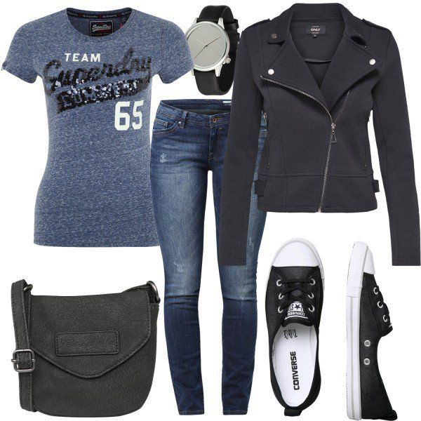 Leisure Outfits: Super Day at FrauenOutfits.deThe women's outfit is perfect for everyday wear. A cool t-shirt with sequins from Superdry …