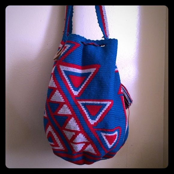 Bag Wayuu Taya Foundation For Barneys Tribe Handmade Blue Red And White Will Be Washed Touched Up Prior To Shipping Columbia