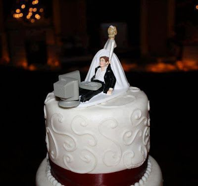 Tarta con novio jugando al Pc #cumpleanos #feliz_cumpleanos #felicidades #happy_birthday #tarta_cumpleanos #pastel_cumpleanos #birthday_cake