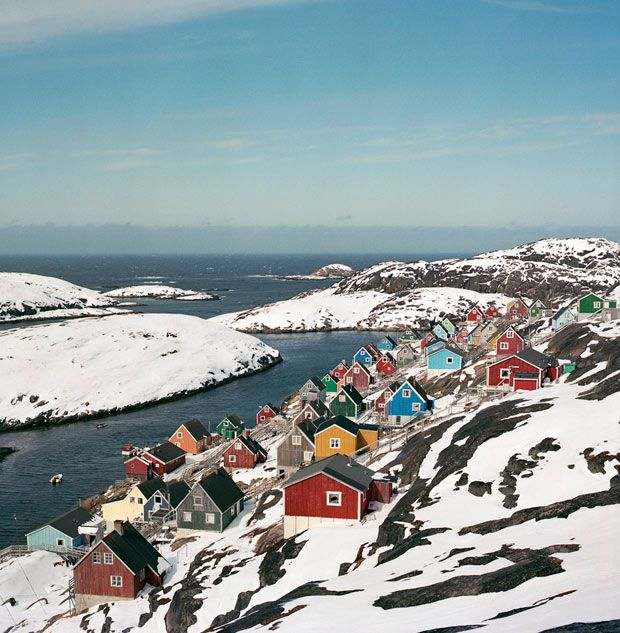 Photo du Jour: A Storybook Village in Greenland