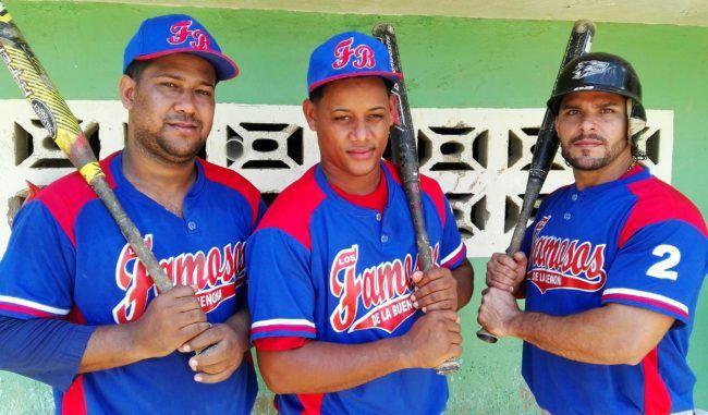 COCIGAS, Almánzar Diep y Emimar ganan dos partidos Softbol Interempresarial