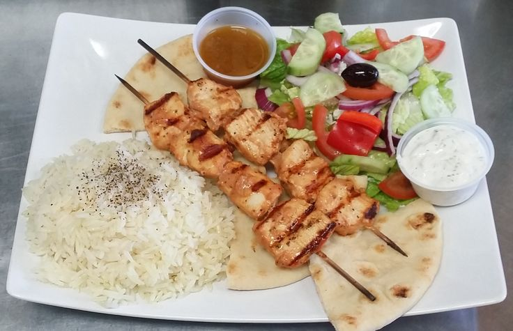 chicken kabab /w salad and rice