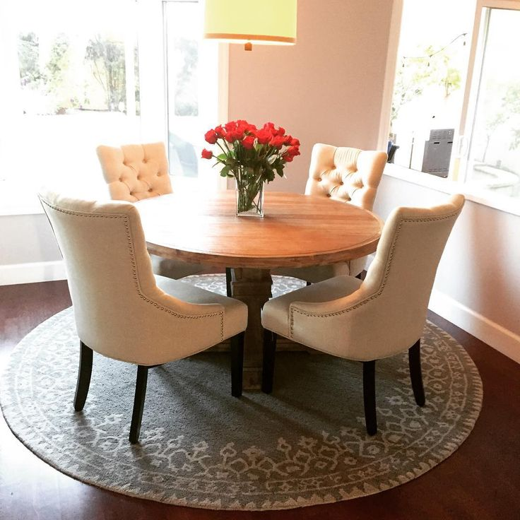25 best ideas about round dining tables on pinterest for Small dining room table ideas