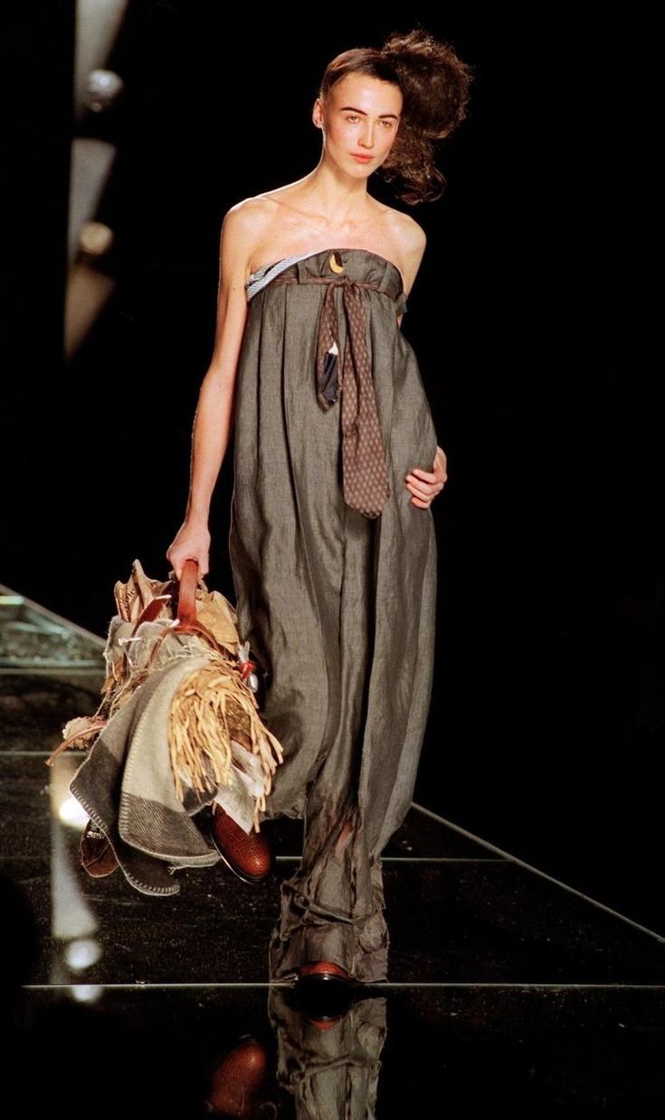 51 best images about christian dior by john galliano 1996 for Haute couture fashion house