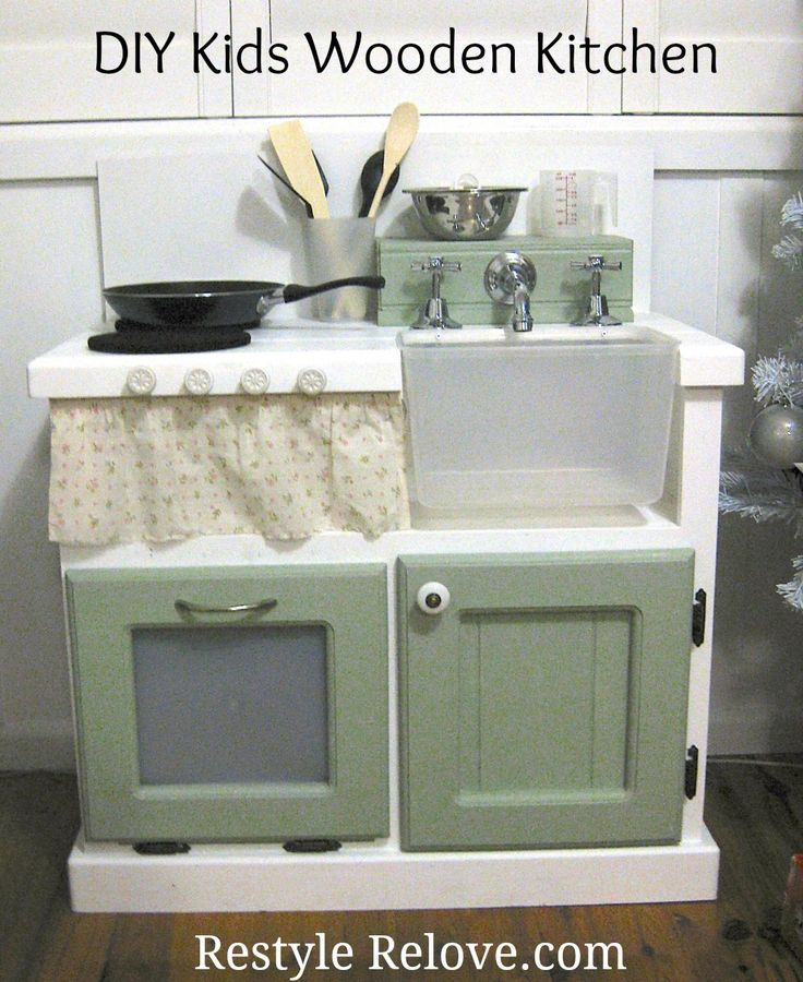 DIY VINTAGE TOY BOX | Restyle Relove: DIY Kids Wooden Kitchen
