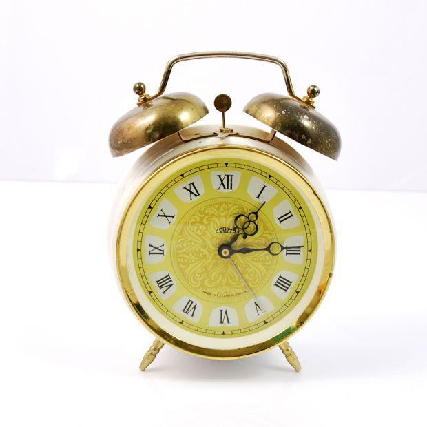 Mechaniczny budzik Prim, lata 60.   Mechanical alarm clock, Prim, 60s.   buy only on Patyna.pl #goodoldthings #clock #alarmclock #Prim #mechanical #retro #vintage #vintagefinds #forsale #vintagelove #inspiration #home #decoration #Czechoslovakia #Czech #60s #1960s