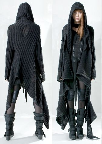 this is what I would wear if we were in a post-apocalyptic world. http://xtoxictears.tumblr.com/
